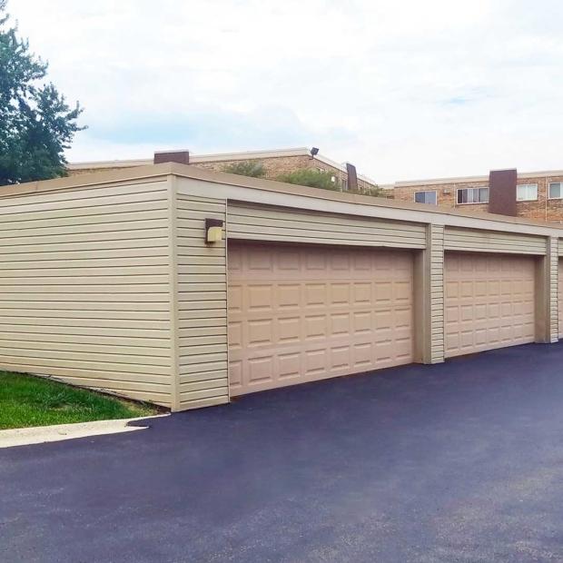 Exterior-Garage